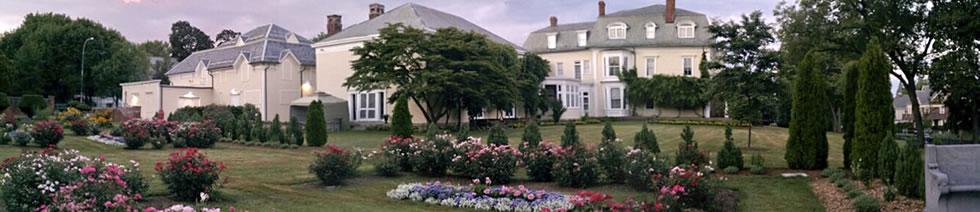 slider-house-garden-jeffrey-byrnes